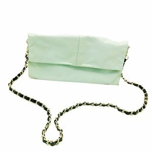 KENNETH COLE REACTION Mint Clutch Leather Purse